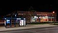 Kraków - Al. Pokoju nocą - przystanek Centralna - Supersam Społem - DSC08254 v2.jpg
