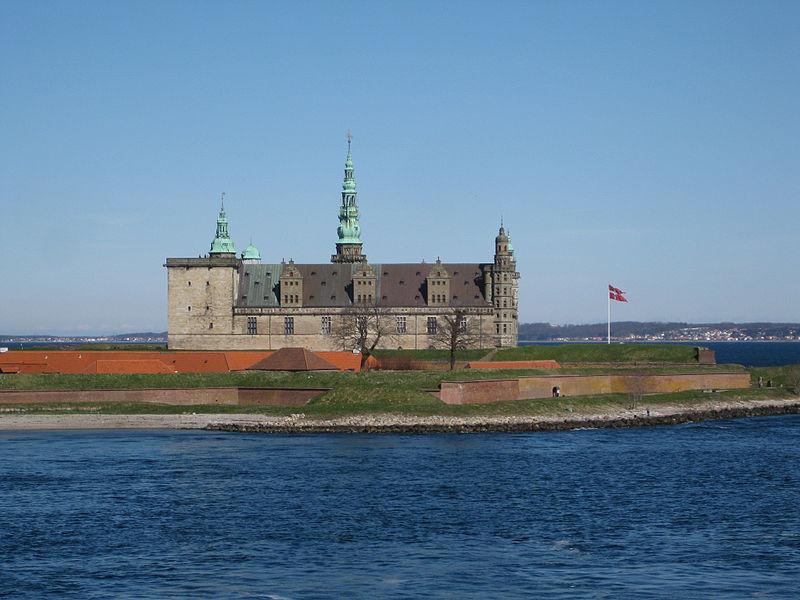 File:Kronborg - Hamlets Castle.jpg