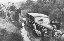 Korde i diket med bil dodades av tag