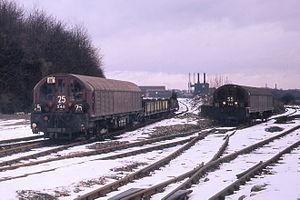 London Underground battery-electric locomotives - LT battery-electric locomotives at Croxley Tip, 1971