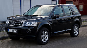 Land Rover Freelander TD4 S (II, 2. Facelift) – Frontansicht, 21. August 2013, Münster.jpg