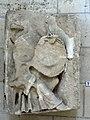 Laon (02), cathédrale Notre-Dame, bas-relief - bloc sulpté déposé et remplacé lors d'une restauration 5.jpg