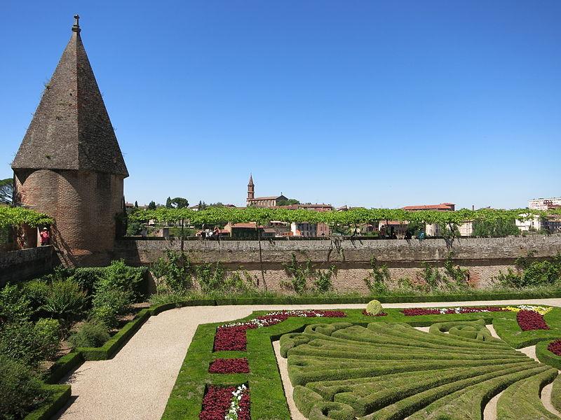 File le jardin du palais de la berbie albi jpg for Le jardin des quatre saisons albi