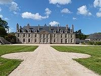 Le château de Catuélan et sa cour d'honneur.jpg