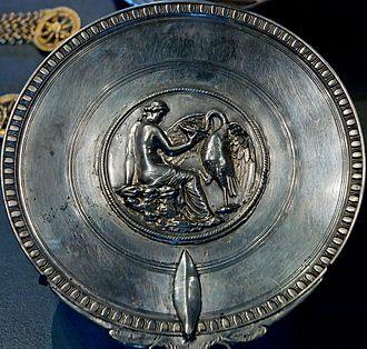 Boscoreale Treasure - Image: Leda mirror Louvre Bj 2159