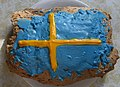 Limpa bread frosted in colors of Swedish flag (cropped).jpg