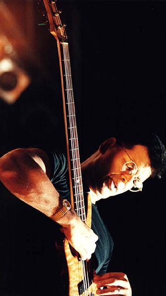 Yellowjackets - Jimmy Haslip performs at the Liri Blues Festival, Italy, in 2000.