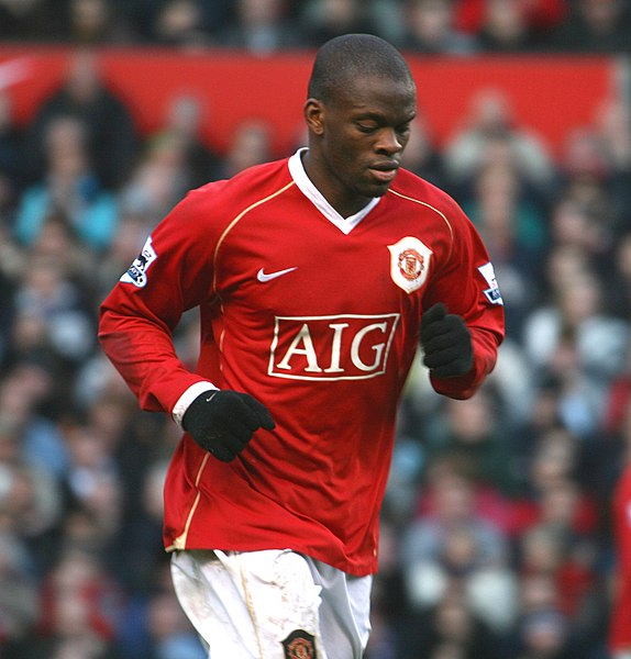 Louis Saha Football Picture
