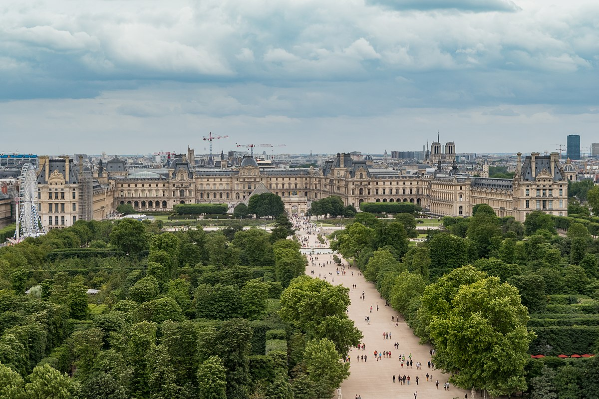 1200px-Louvre_Museum_from_the_Roue_de_Paris%2C_11_July_2016.jpg