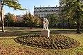 Méditation, statue de Tony Noël, jardin du Ranelagh, Paris 16e.jpg