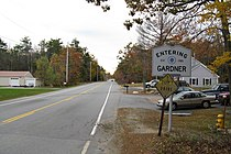 MA Route 101 southbound entering Gardner MA.jpg