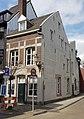Maastricht, Hoogbrugstraat hoek Wycker Grachtstraat.jpg