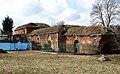 Magazyny fortowe zaadaptowane jako budynki gospodarcze. - panoramio.jpg