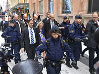 "Magdalena Andersson during the ""budget walk"" to Parliament, Oct 23, 2014 05.jpg"