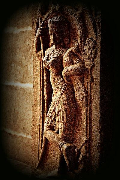 File:Maiden with peacock in Kolaramma temple at Kolar.jpg
