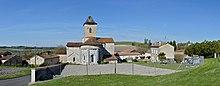 Mainfonds 16 Église&toits vue E 2014.jpg