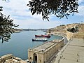 Malta, Grand Harbour, from Lower Barrakka Gardens.jpg