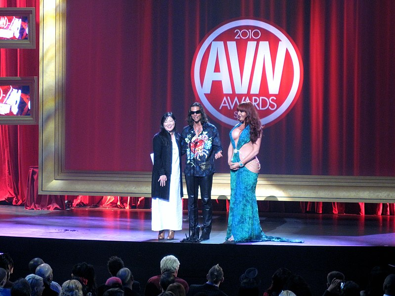 File:Margaret Cho, Nick Manning, Wendy Williams 2010 AVN Awards Show.jpg