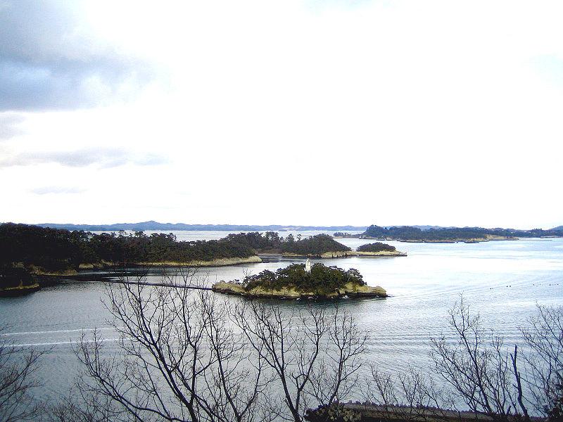 http://upload.wikimedia.org/wikipedia/commons/thumb/5/58/Matsushima_tamonsan11Feb07.jpg/800px-Matsushima_tamonsan11Feb07.jpg