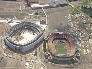MetLife Stadium - View of MetLife Stadium (under construction) and Giants Stadium (on right) in July 2009