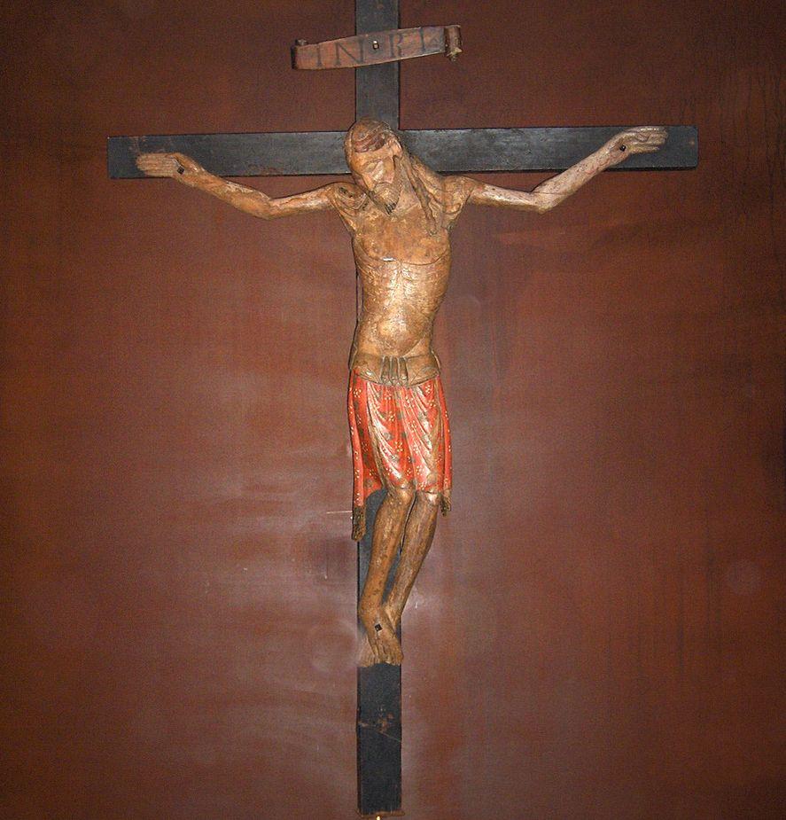 Kulonleges forgo szobrok 793 - Fafaragv Nyok