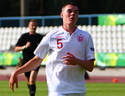 Michael Keane 3 (cropped).jpg