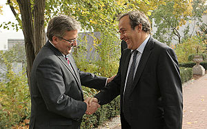 English: Michel Platini and Bronisław Komorowski.