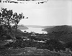 Middle Harbour, looking east, Sydney (2485110152).jpg