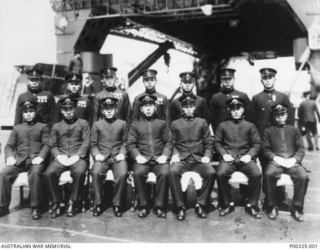 Midget submarine crews (AWM P00325-001)