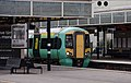 Milton Keynes Central railway station MMB 22 377201.jpg