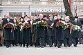 Ministru prezidents Valdis Dombrovskis piedalās ziedu nolikšanas ceremonijā pie Brīvības pieminekļa (6357967895).jpg