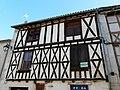 Monségur maisons à pans de bois (4).JPG