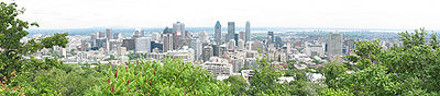 Another panoramic photograph from the top of Mount Royal, in the daytime.