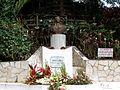 Monument à la mémoire de Louis Delgrès à Matouba.JPG