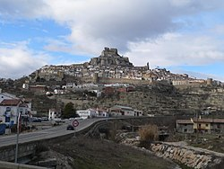 Panoramic view of Morella, Ports