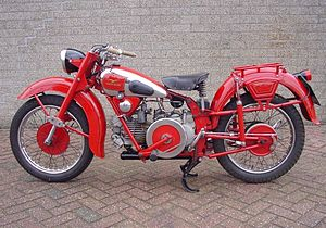 Moto Guzzi Norge Gt W Abs Vs Yamaha Fjr