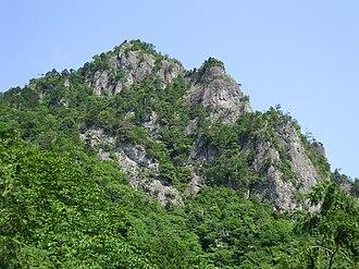 Mount Seppiko - A View of Mount Seppiko from Kaya-Jinja