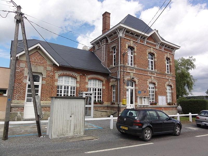 Moustier-en-Fagne (Nord, Fr) mairie