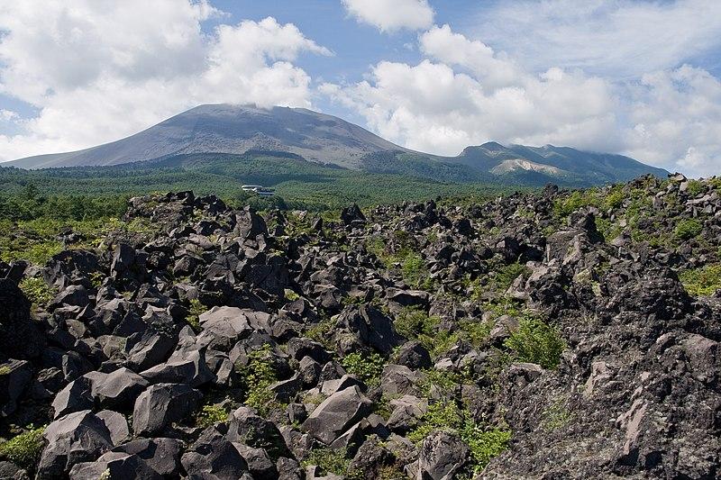 File:Mt.Asama 06.jpg