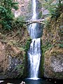 Multnomah Falls, Columbia River Gorge, OR 2006 (6506556421).jpg