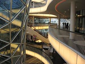 MyZeil - Interior of MyZeil, April 2009