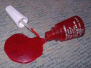 Practical joke device - Nail polish