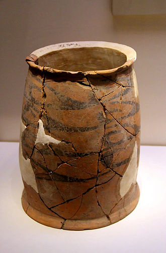 Hongshan culture - Painted Cylindrical Pottery Vessel, Hongshan Culture (c. 4700-2900 BC), Liaoning, 1988. National Museum of China, Beijing