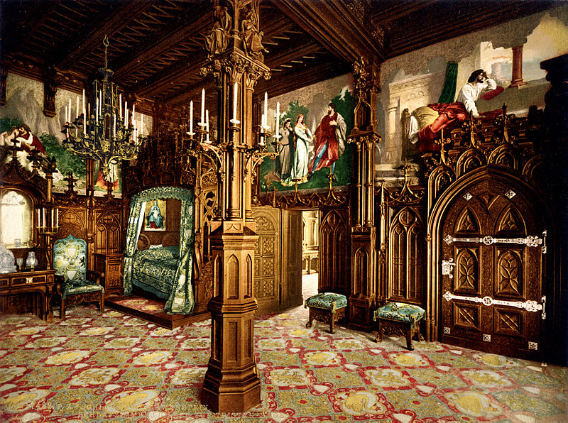 File:Neuschwanstein bedroom 00183u.jpg