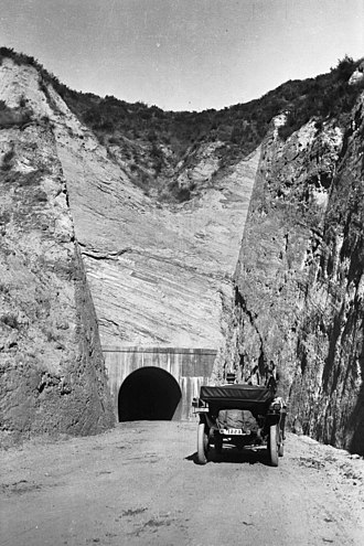 Newhall Pass - Newhall Tunnel ca. 1918
