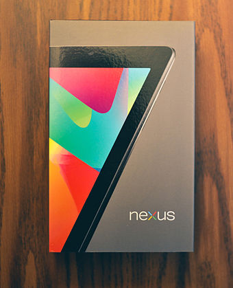 "The box artwork for the Nexus 7 features an image of the tablet angled in such a way that it creates a stylized ""7""."