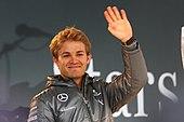 ett foto av Nico Rosberg med hatt