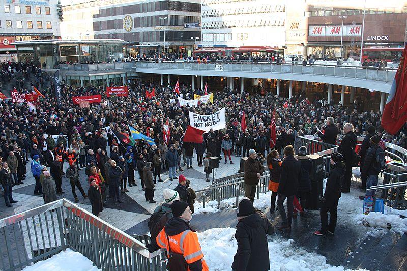 File:Nordiska Motståndsrörelsen Demonstration 2016 05.jpg