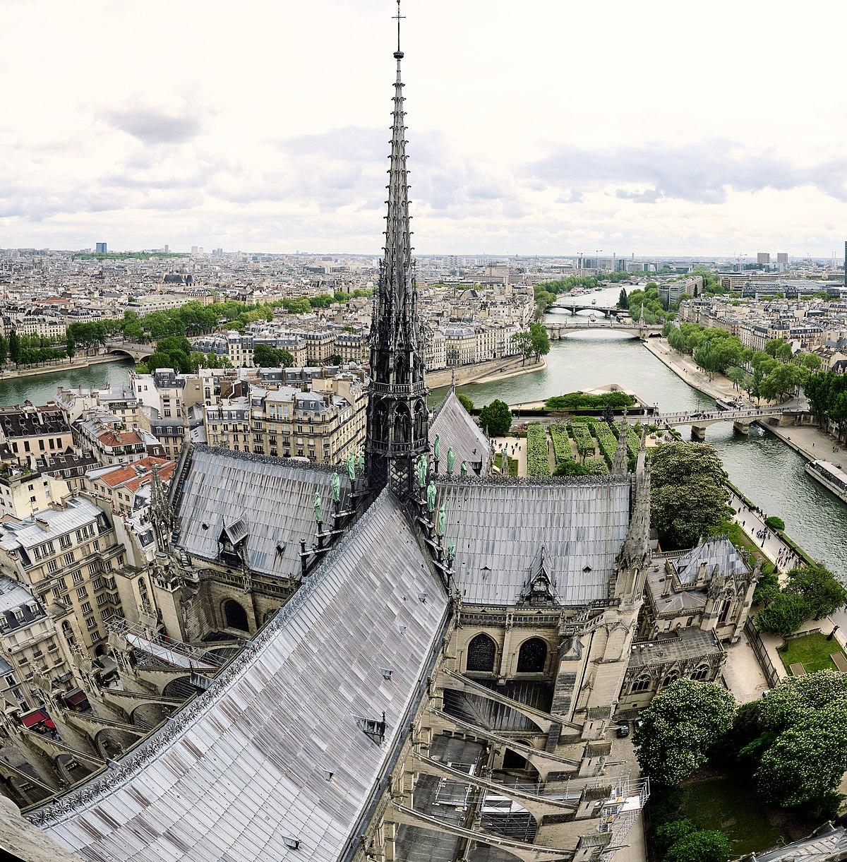 Notre-Dame (41443367785).jpg