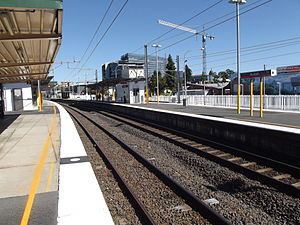 Nundah Railway Station, Queensland, Aug 2012.JPG